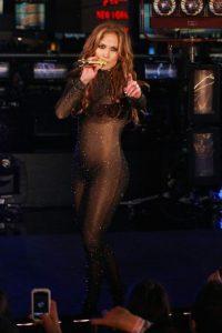 Jennifer López es una de las mujeres más sexis del planeta Foto:Getty