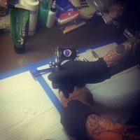 En la prueba de tintas Foto:Instagram/Lady Gaga