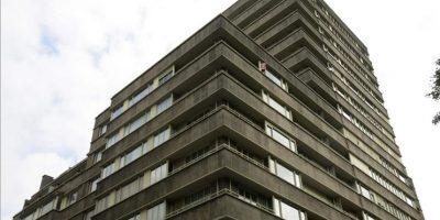 Edificio de altura de estilo modernistas ubicado en el barrio europeo de Bruselas (creado por J.J Eggericx y Raphaël Verwilghen en 1951) que se muestra al público en la primera edición de la Bienal de Arquitectura Moderna 2014 de la capital belga. EFE