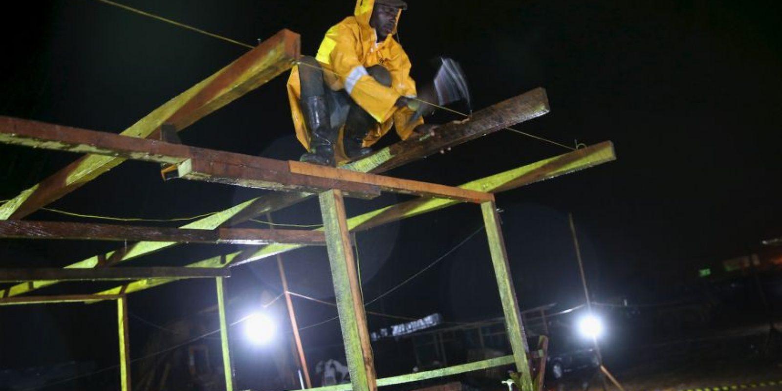Construcción de un centro de detección de Ébola en Liberia Foto:Getty Images