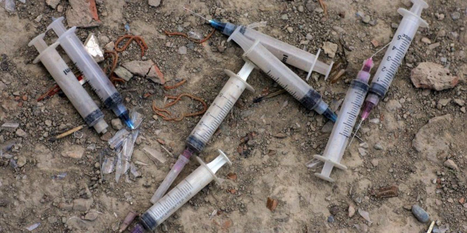 Los usuarios la consumen vía inyecciones intravenosas, pero también la inhalan o la fuman. Foto:Getty