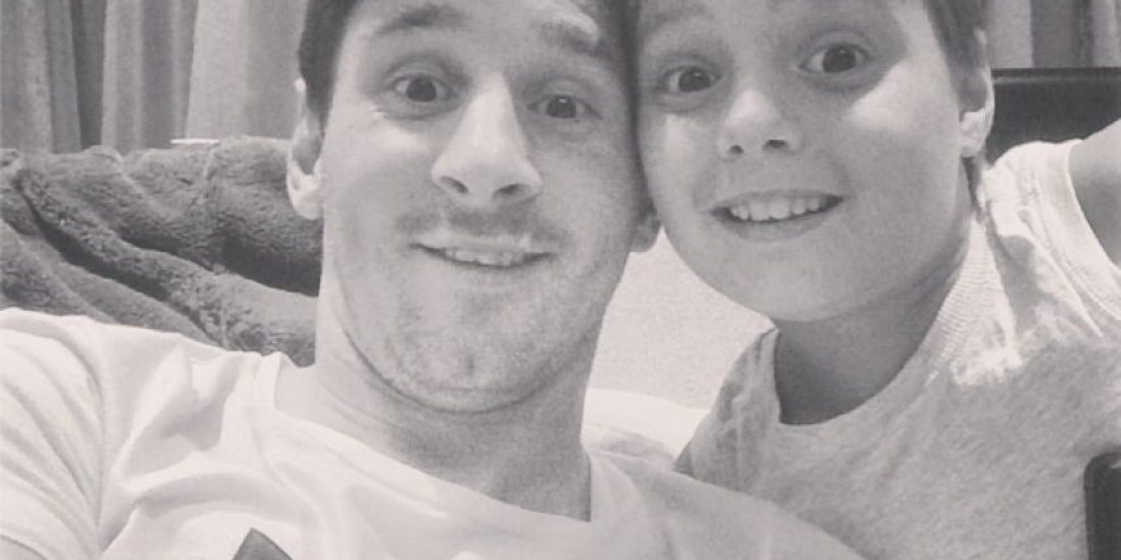 Junto a su sobrino Agus. Foto:Facebook: Leo Messi
