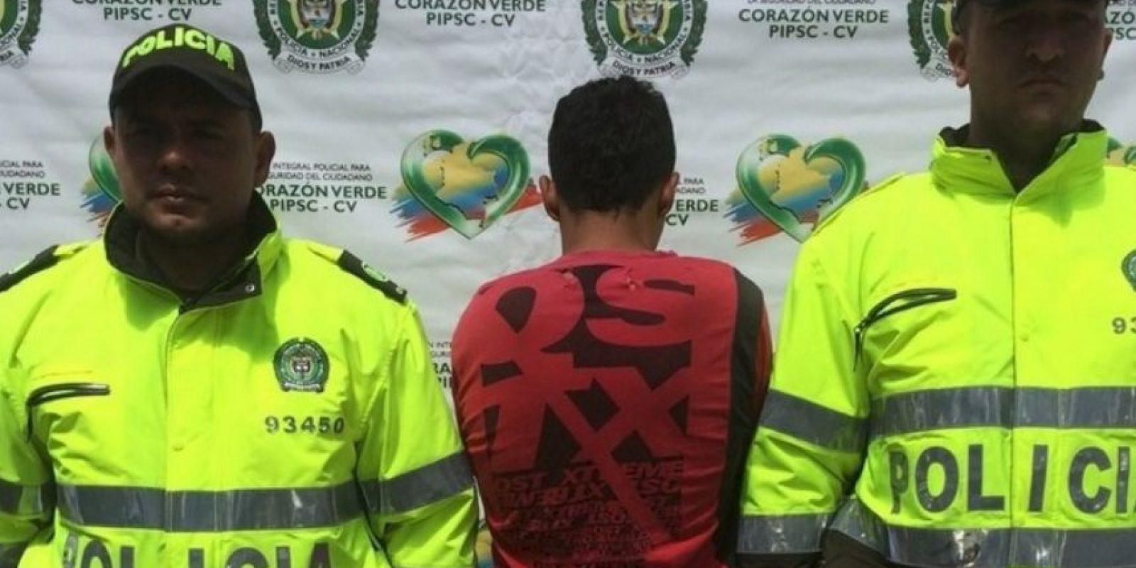 Alegaba que por eso podía matarlos a todos Foto:Policía San Vicente Ferrer