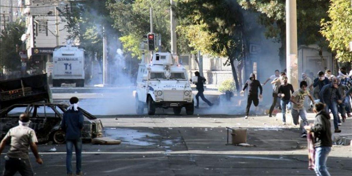 Alta tensión en Turquía, tras 19 muertos y con el Ejército en la calle