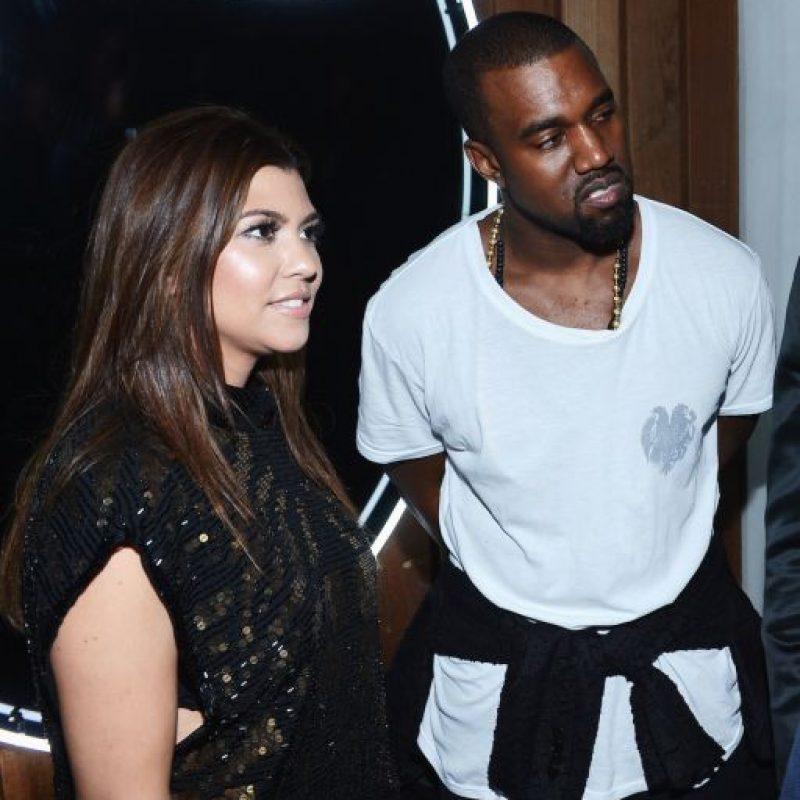 """En una publicación de 2009, la """"la chica de la semana"""" fue Kourtney Kardashian, quien supero a su hermana Kim al conquistar al rapero un año después de que publicara una foto de Kim desnuda. Foto:Getty Images"""