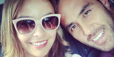 Su esposa Carla Pardo se encarga de bajarlo de la nube Foto:Instagram: @carlapardolinaza