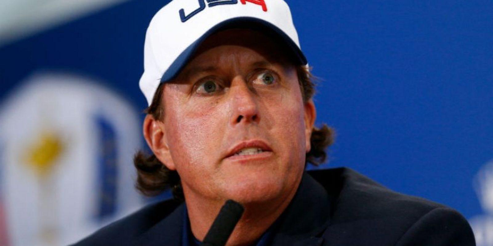 El golfista estadounidense tiene un costo de su marca de 29 millones Foto:Getty