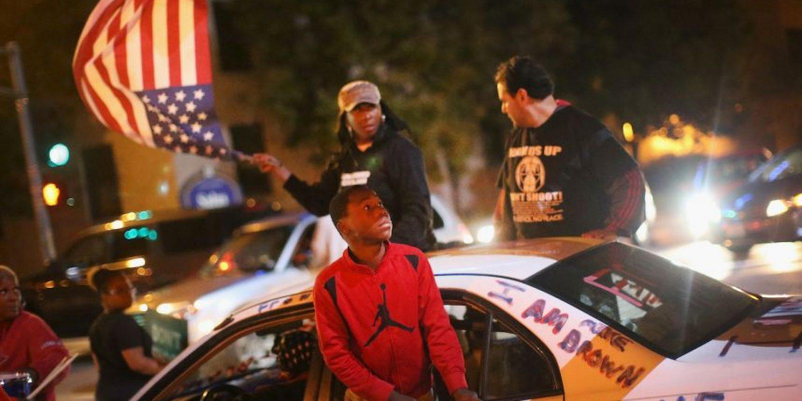 Las autoridades alegan que Myers disparó a un oficial que estaba fuera de servicio y este lo mató. Foto:Getty