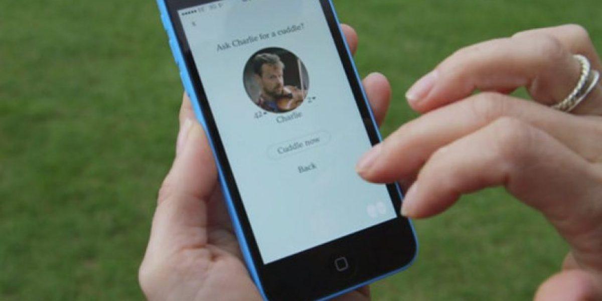 OMG! Esta aplicación les permitirá recibir un abrazo con tan solo un click