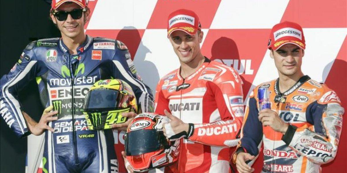 Dovizioso aprovecha los neumáticos y pone líder a Ducati por primera vez