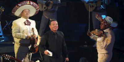 """El cantante interpretó 18 temas junto a su banda y el mariachi """"Los Gallos de México"""". Foto:Saul Molina"""