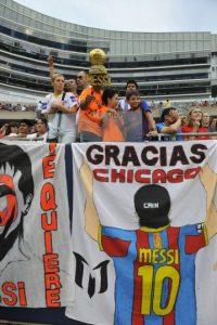 Algunos le agradecen su calidad futbolística. Foto:Getty Images