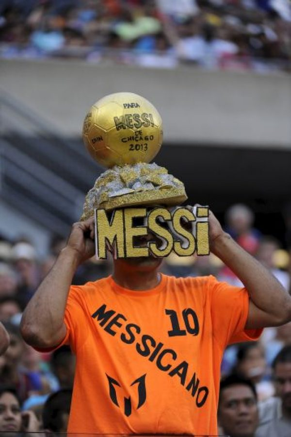 Sombrero en honor al futbolista argentino. Foto: Getty Images