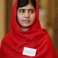 18. Malala Yousafzai- Es la ganadora más joven del premio Nobel de la Paz, con solo 17 años. Foto:Getty