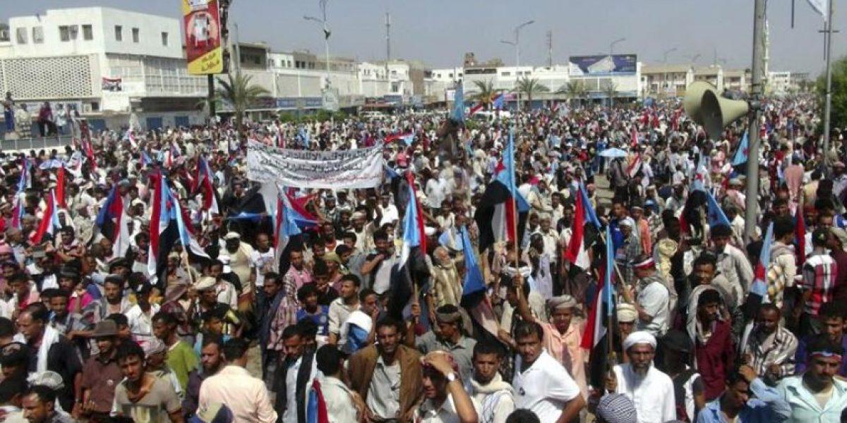 Los hutíes toman el control de una estratégica ciudad costera de Yemen