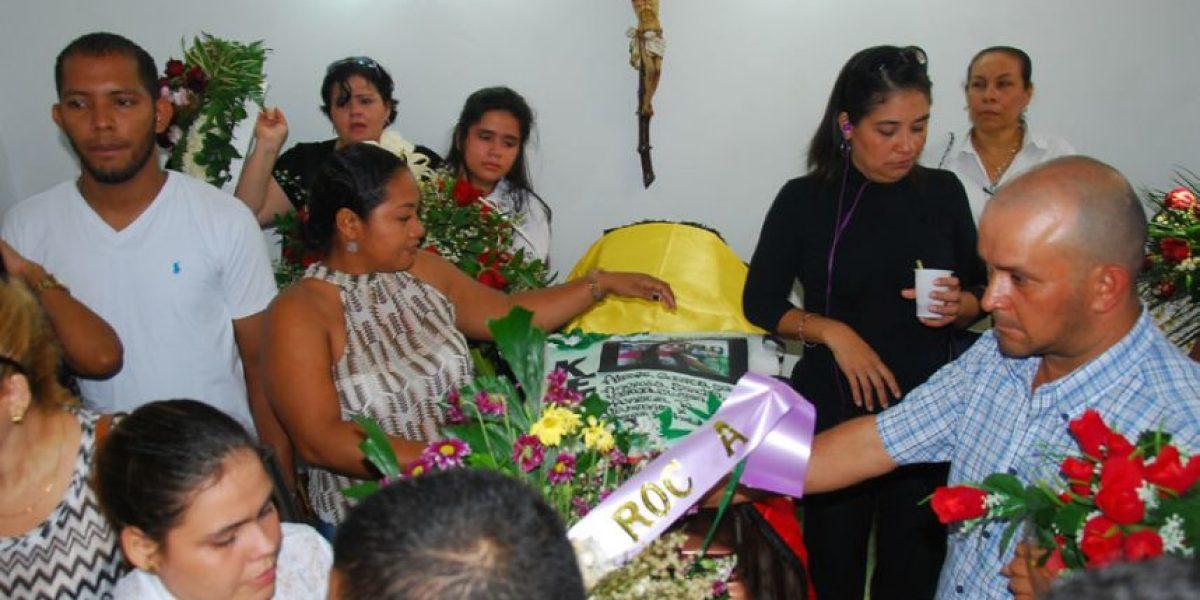 Padres de patrullera encontrada en Sucre dicen que a su hija la asesinaron