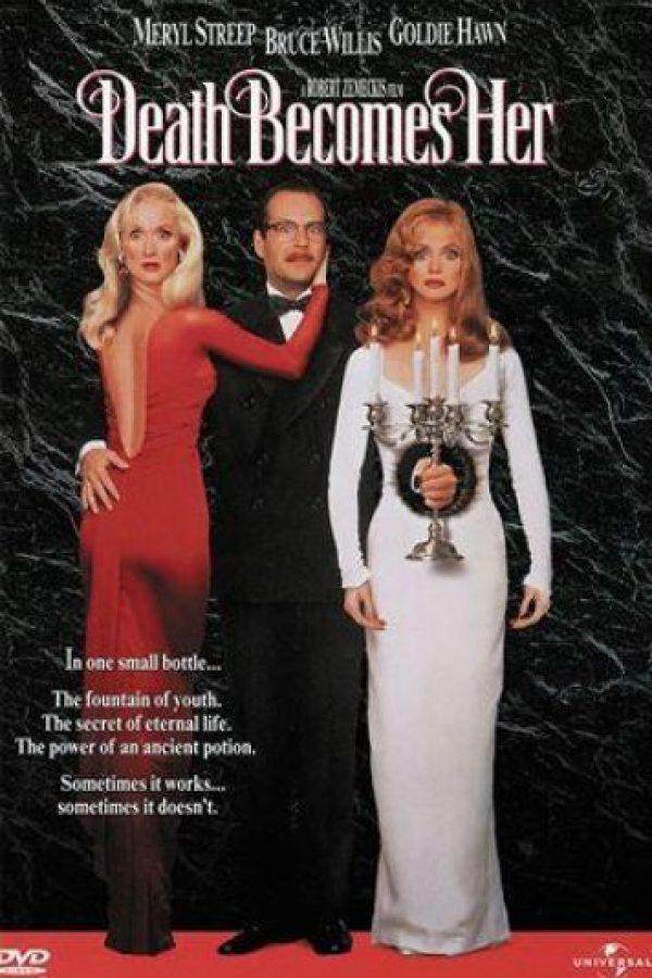 Una comedia de humor negro protagonizada por Goldie Hawn y Meryl Streep. Este par descubre el elixir de la eterna juventud y consiguen la inmortalidad Foto:Twitter
