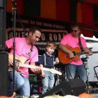 Grant también es un apasionado de la música, pues disfruta cantar con su familia. Foto:Facebook/Kelly Feikert