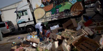 Los restos de comida servirían para alimentar a más de 200 millones de personas, la población de Brasil, por ejemplo, informa el medio RiaNovosti. Foto:Getty Images