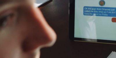 La conversación se actualiza en tiempo real con distinciones de quién está hablando. Foto:Transcense
