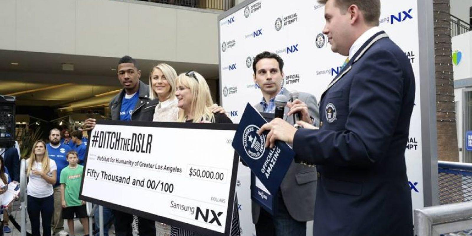 """Esta nueva marca reconocida por """"Guinness World Records"""" fue premiada con una donación de 50 mil dólares para la fundación """"Habitat for Humanity"""". Foto:Facebook/Samsung"""
