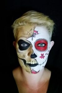 Mitad catrina, mitad esqueleto Foto:Facebook/The Painting Lady