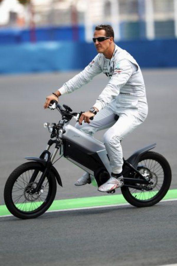 La bicicleta lo acompañaba en cada viaje. Foto:Getty Images