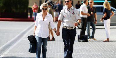 Caminaba de la mano con su esposa. Foto:Getty Images