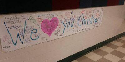 """En la página """"In Loving Memory of Christian Faith Benge"""" aparecen las fotografías de estos carteles en honor a la joven de 16 años Foto:Facebook/In Loving Memory of Christian Faith Benge"""