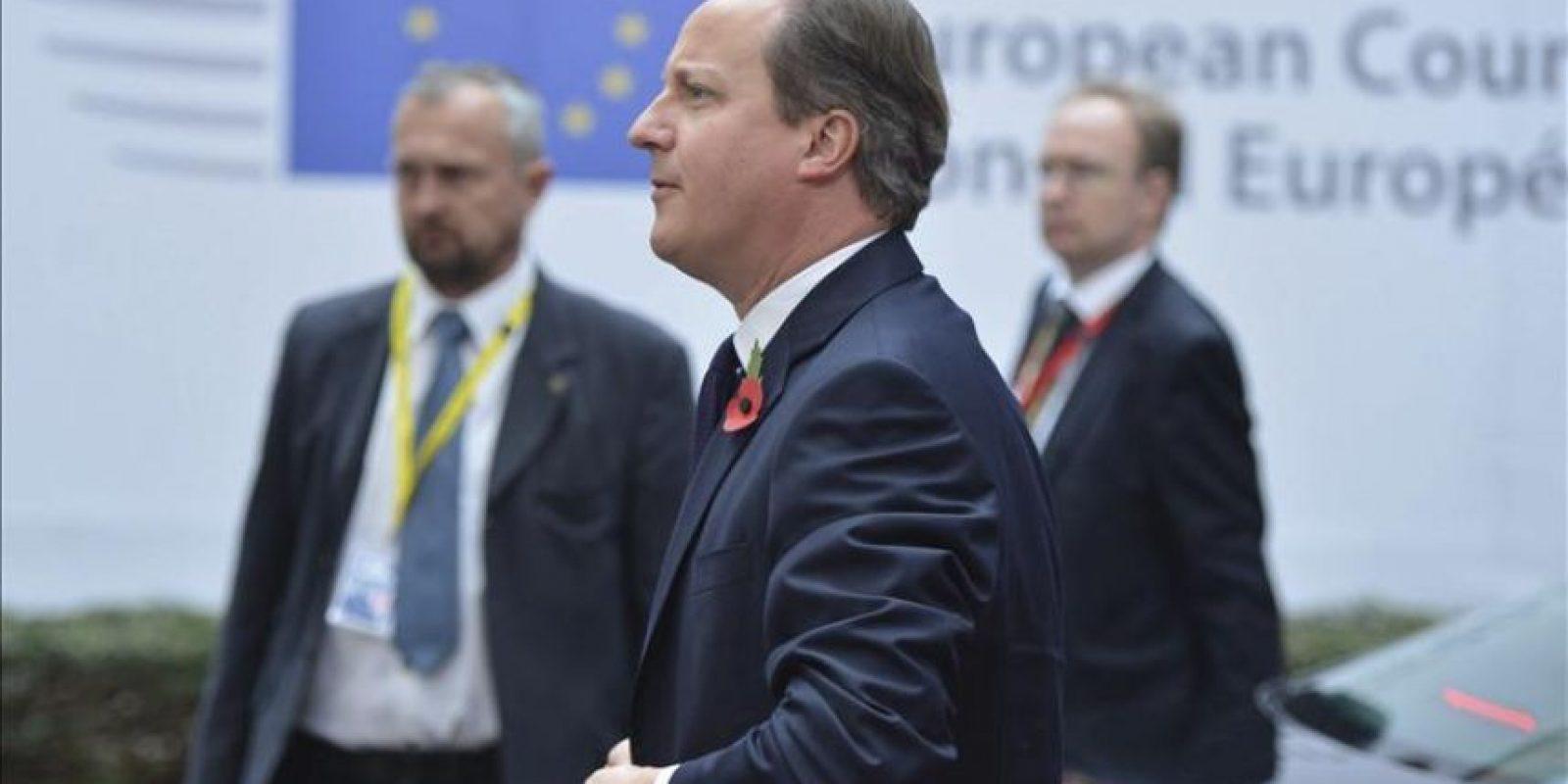 El Primer Ministro británico David Cameron a su llegada a la sede del Consejo de Europa en Bruselas, Bélgica hoy. EFE