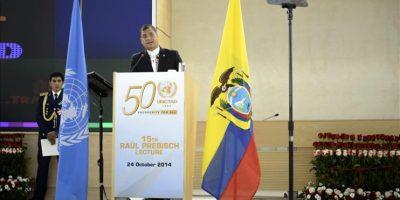 """El presidente de Ecuador, Rafael Correa, ofrece una charla magistral titulada """"Ecuador, el desarrollo como proceso político"""", en el marco de las celebraciones por el medio centenario de la fundación del Organismo de Naciones Unidas para el Comercio y el Desarrollo (UNCTAD), en Ginebra (Suiza), hoy. EFE"""