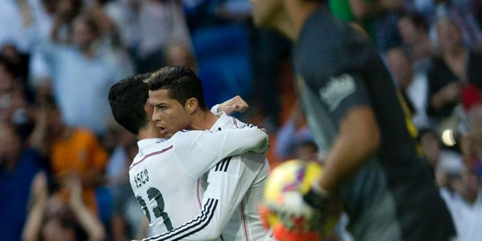 Abrazo con Isco Foto:Getty Images