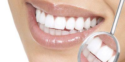 Si han intentado con el cepillo de dientes, hilo dental y enjuague y persiste el mal aliento, es necesario consultar con un especialista. Foto:Tumblr.com/Tagged/sonrisa