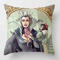 Ya es posible comprar productos con sus diseños Foto:Simona Bonafini