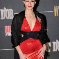 En 2009, recibió dos nominaciones en Hot d'Or a la mejor actriz joven francésa y Mejor Actriz Blog. Foto:Twitter: @ELISKACROSS