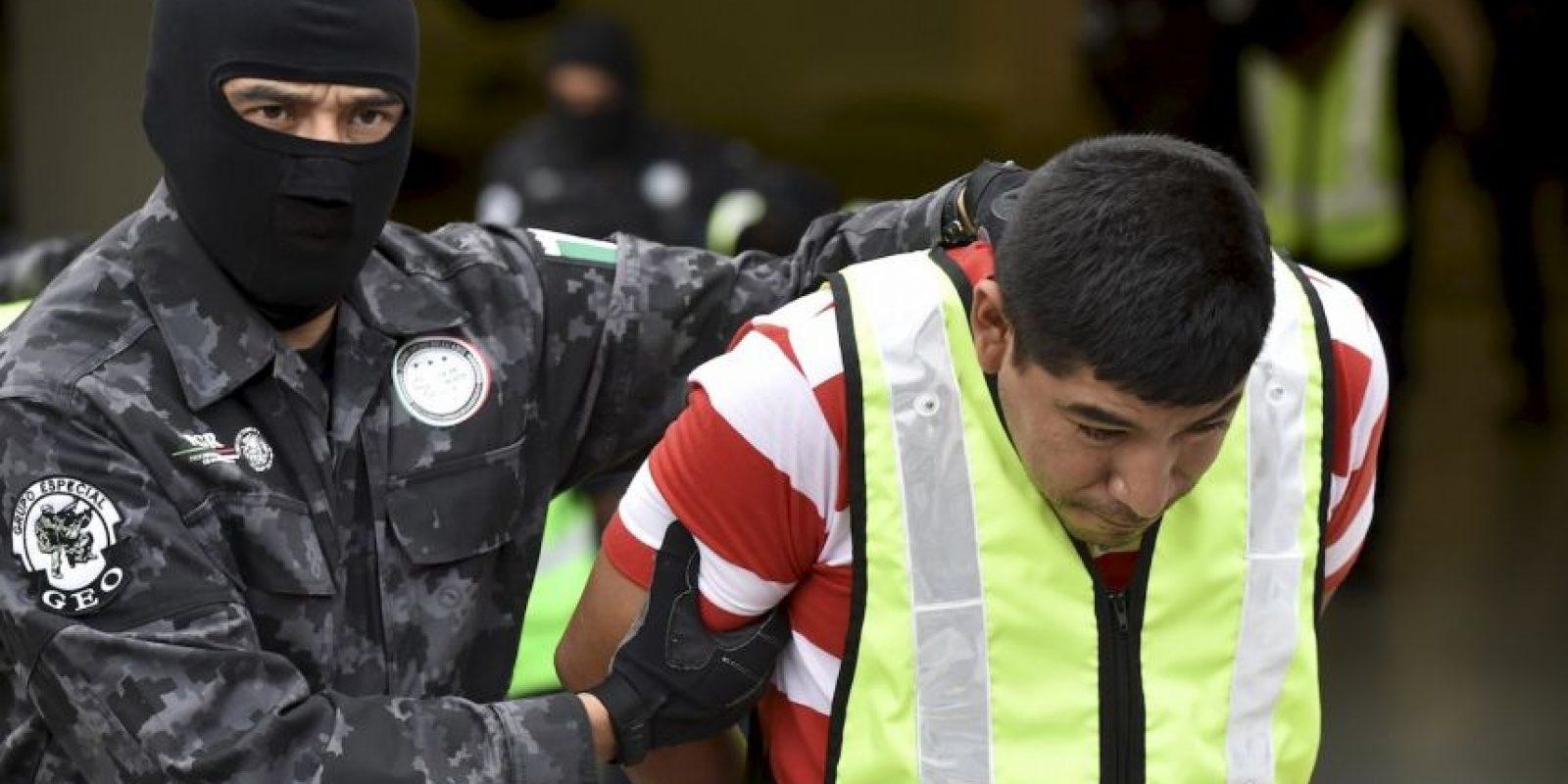 """""""Desde el domingo a la fecha he tenido varios encuentros con testigos, algunos testigos presenciales, que sufrieron el primero y segundo ataque, estudiantes, pero hay otras fuentes, que no son estudiantes, que nos hablan de otro momento. Hablan de que aún estando algunos vivos, heridos, pero vivos, fueron quemados"""", declaró el religioso. Foto:AFP"""