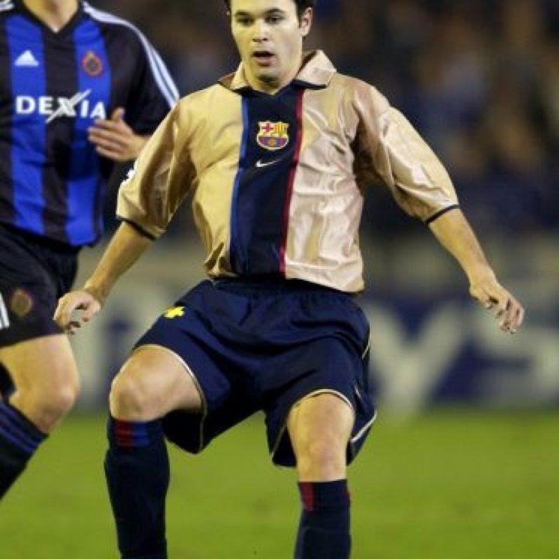 Andrés Iniesta debutó a los 16 años con el Barcelona Foto:Getty