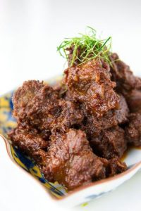 Rendang, de Indonesia Foto: Pinterest