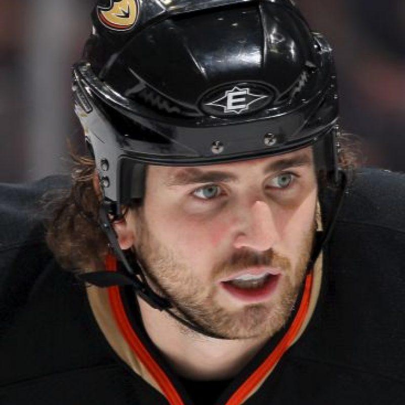El ex jugador de hockey Aaron Voros mantuvo una relación con la modelo canadiense Jessica Stam Foto:Getty