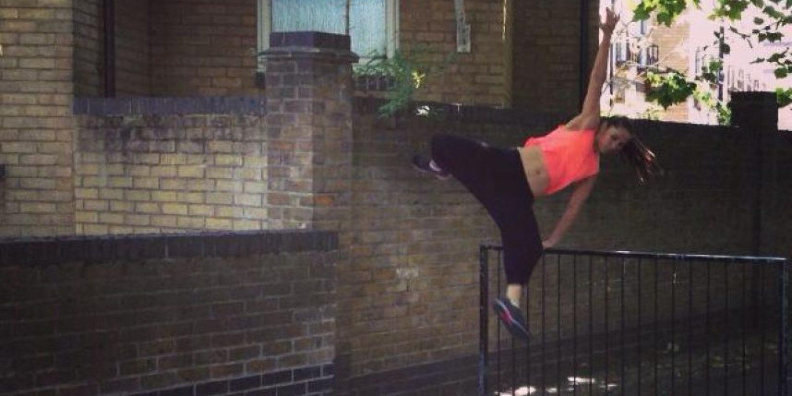 Christina practica parkour y Jivamukti yoga Foto:Facebook/Christina Chong