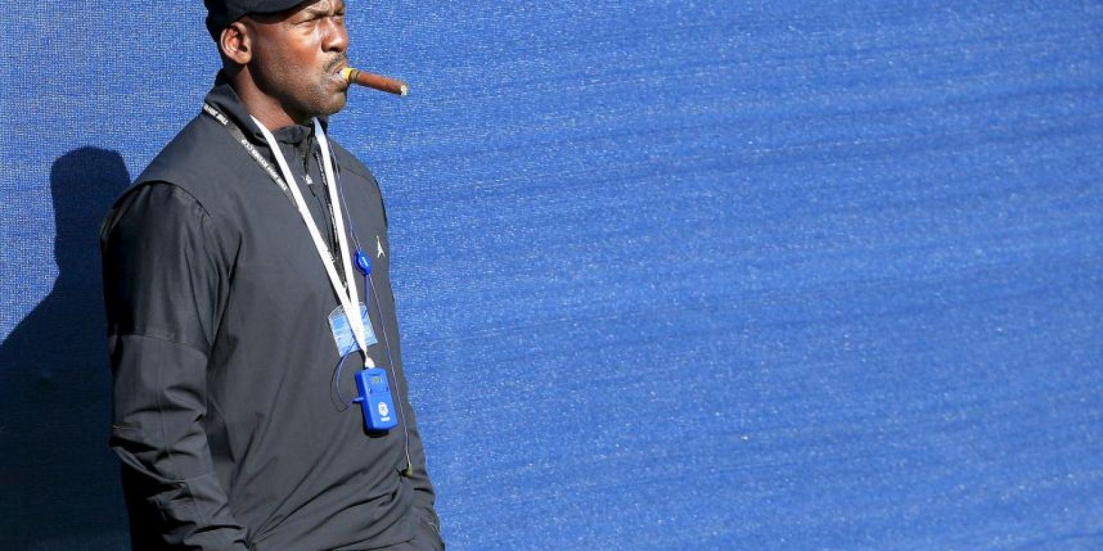 MJ se ha dedicado a jugar golf, después de dejar el baloncesto Foto:Getty