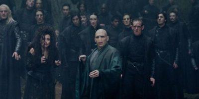Mortifagos comandados por Lord Voldemort. Foto:Warner Bros.