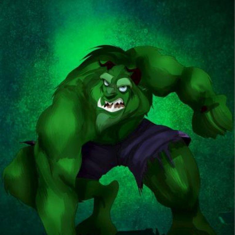 """""""La Bestia"""", de """"La Bella y la Bestia"""", disfrazada de """"Hulk"""" Foto:Isaiah Stephens vía Facebook"""