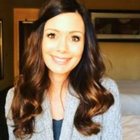 Trabaja en un programa que busca cambiar la vida de mujeres en la industria del porno Foto:Twitter