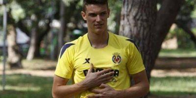 50. Adrian Marin. El defensa de 17 años del Villarreal está llamado a ser uno de los más importantes de la Liga Foto:Twitter. @AdrianMarin28