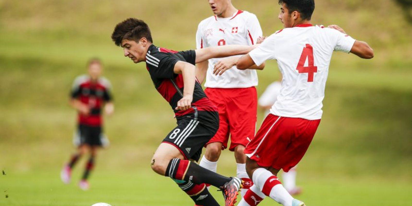 31. Georgios Spanoukis. El alemán de 15 años era pretendido por el Arsenal, pero defiende los colores del Stuttgart Foto:Getty