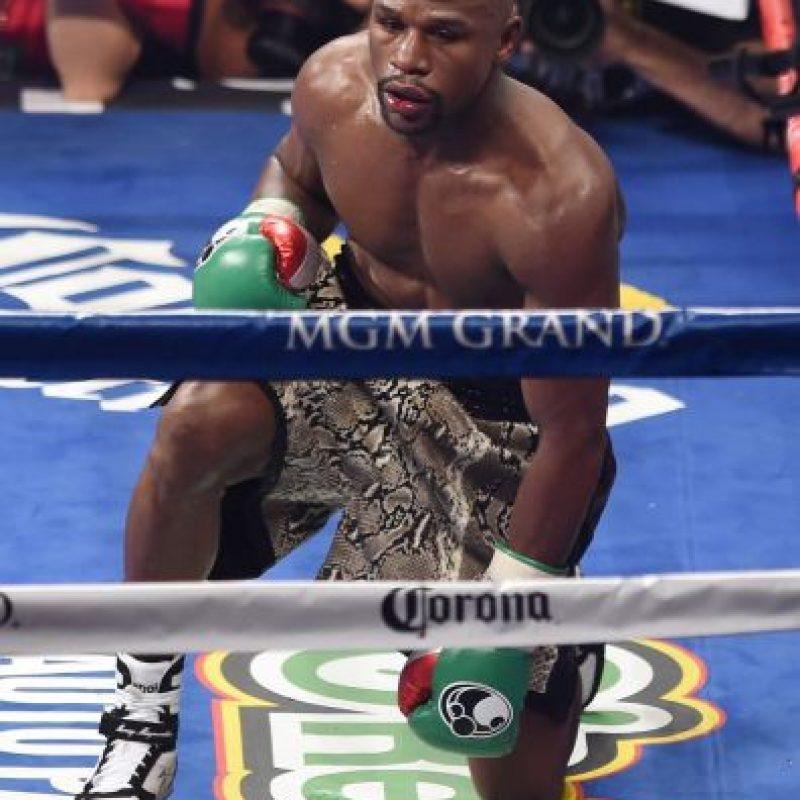 A sus 37 años sigue invicto con un récord de 47 peleas ganadas y 0 perdidas Foto:Getty