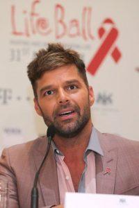 Se declaró gay. Tiene dos hijos y sigue siendo fuerte en el pop latino. Foto:Getty Images