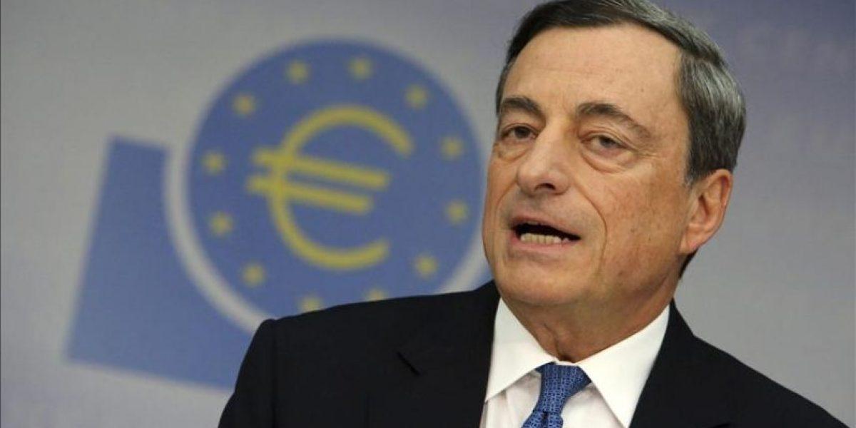 Draghi deja entrever que el BCE se prepara para comprar deuda soberana