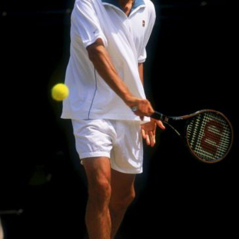 Roger Federer entró al circuito profesional en 1998 Foto:Getty